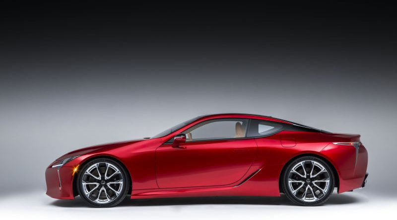 Lexus LC500 lateral